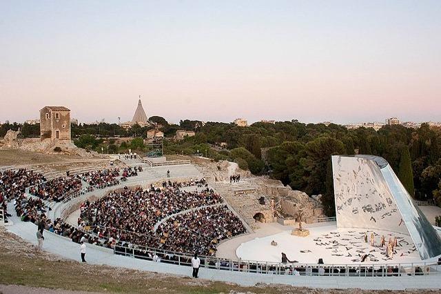 Teatro greco Siracusa Stagione 2019 - ELENA Opera di  Euripide