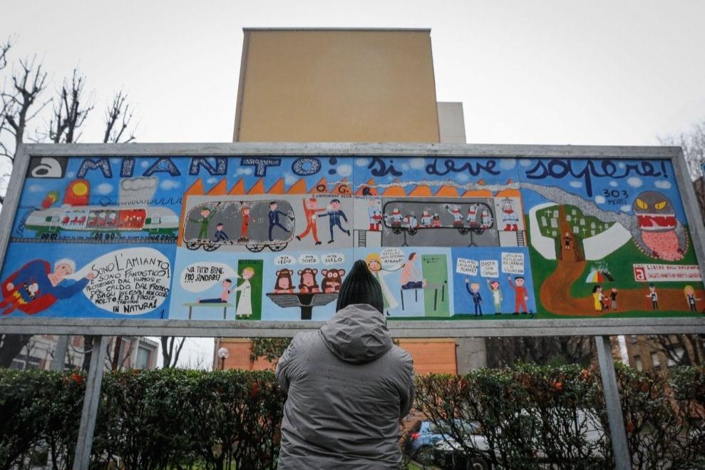 A Bologna gli studenti raccontano il dramma dei lavoratori delle Ogr