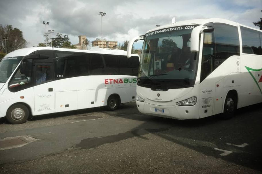 Noleggio Pullman, Minibus e Autovetture